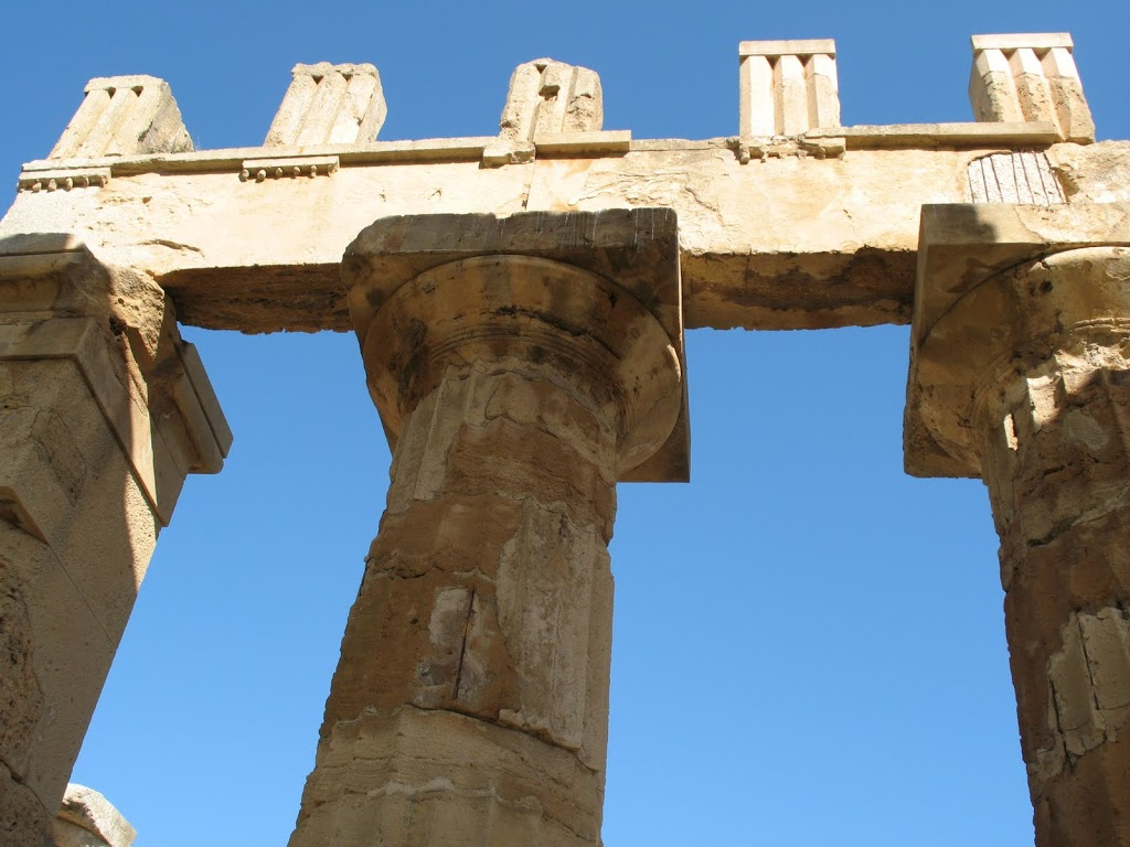 Archeology in Sicily: Giant Temples………..Fallen