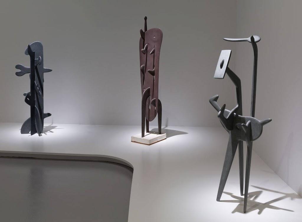 Isamu Noguchi, Biomorphic Art and Design